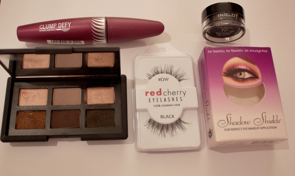 Products to create a natural eye makeup look