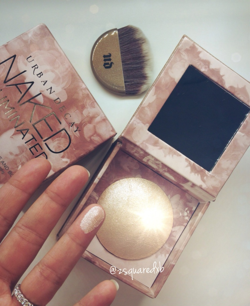 NAKED ILLUMINATED - Shimmering Powder For Face And Body